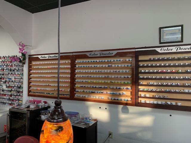 Queen Nails & Spa - Nail salon 38117 - East Memphis TN